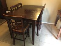 High top Cherry Wood Table & Chairs Frederick, 21701