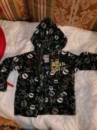 18 mo boys fleece hoodie Clear Brook, 22624