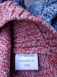 Size medium dog sweater Centreville, 20120