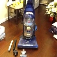Bag less Bissell vacuum w/ clean carpet sensor , c Germantown, 20874