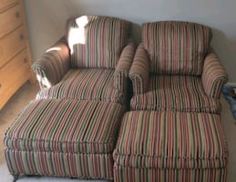 Chairs / sofa set with rolling ottoman!