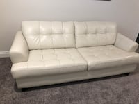 Sears white leather couch Severn, L3V