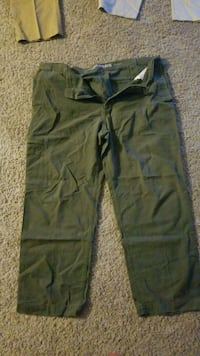 green and black cargo shorts Fort Washington, 20744