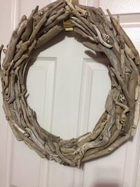 Hand crafted driftwood wreath St Catharines, L2T