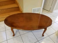 "Coffee table 27"" X 44"" Brampton, L6R 1L5"