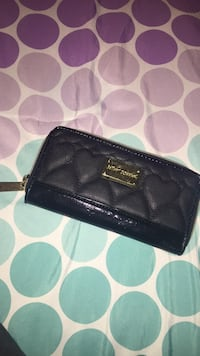 Authentic betsy johnson wallet  Vaughan, L6A