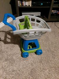 Toddler grocery cart (will come with fake foods)