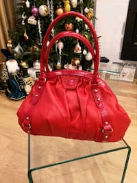 Red leather accents vintage style bag Toronto, M8Y 3N3