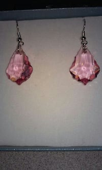 New Pink Sawaraski Crystal Earrings  Philadelphia, 19148