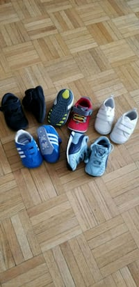 Baby shoes  size 2-3-4 all for 60$