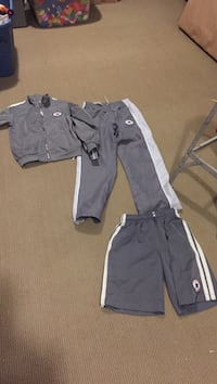 Converse three piece outfit for age 12 Pickering, L1V 5V6