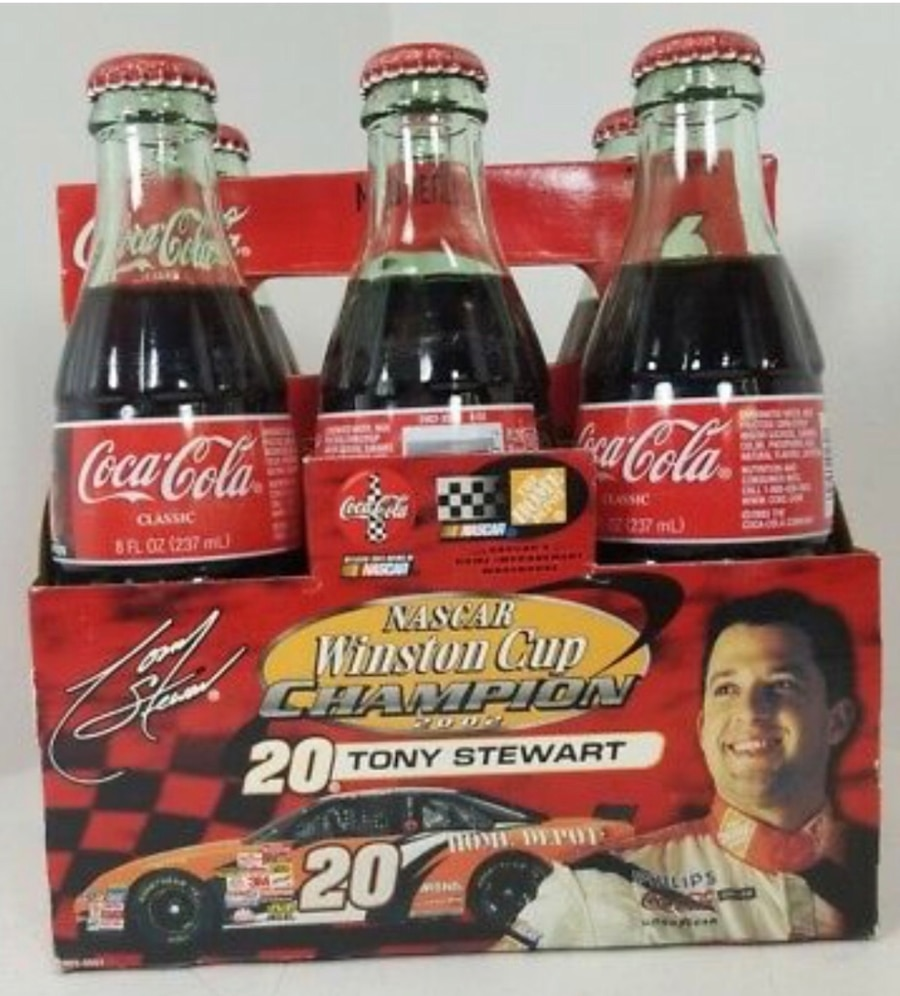 Photo Tony Stewart 2002 Nascar Champion 6 Pack 8oz bottles