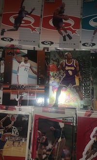 Kobe Bryant and LeBran James rookie cards mint condition  Chicago Heights, 60411