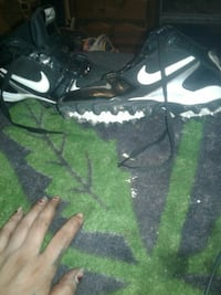 Nike  cleats size 51/2 Roswell