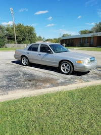 Ford - LTD Crown Victoria - 2003 Oklahoma City