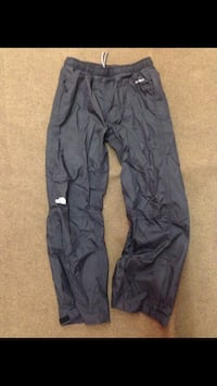 North Face ski pants for kids Toronto, M3L
