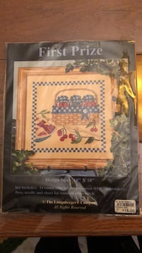 "10""x10"" LONGABERGER CROSS STITCH BRAND NEW Littlestown, 17340"