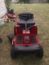 red and black ride on mower Lawton, 73507