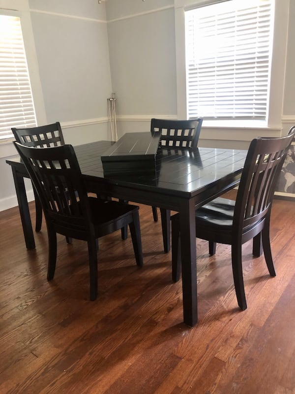 Black Wood Dining Table  cabb43f1-0be5-4b49-bf34-579f26487960