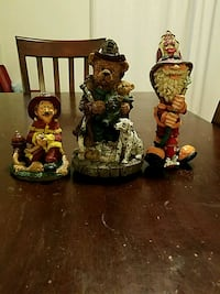 three brown and black ceramic figurines Huber Heights, 45424