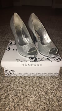 gray glittered Rampage open toe heels  Conway, 29526