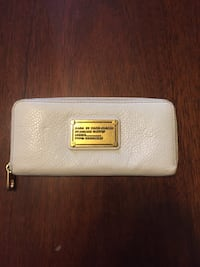 Marc by Marc Jacobs wallet  Toronto, M1C 2K8