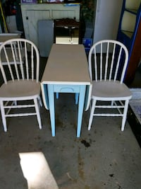 Gateleg table and chairs East Islip, 11730