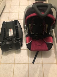 baby's black and red car seat carrier Dumfries, 22026