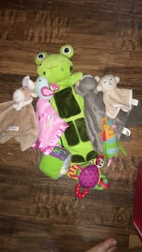 baby's assorted color animal plush toys Edmonton, T5H 3Z2