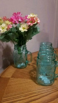 Pretty blue glass mason jar glasses  flowers not incl. Youngstown, 44515