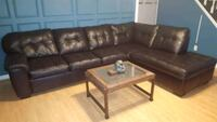 Brown leather tufted sectional sofa Farmingdale, 11735