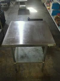 Restaurant Food Preparation Table Guelph, N1H 1E8