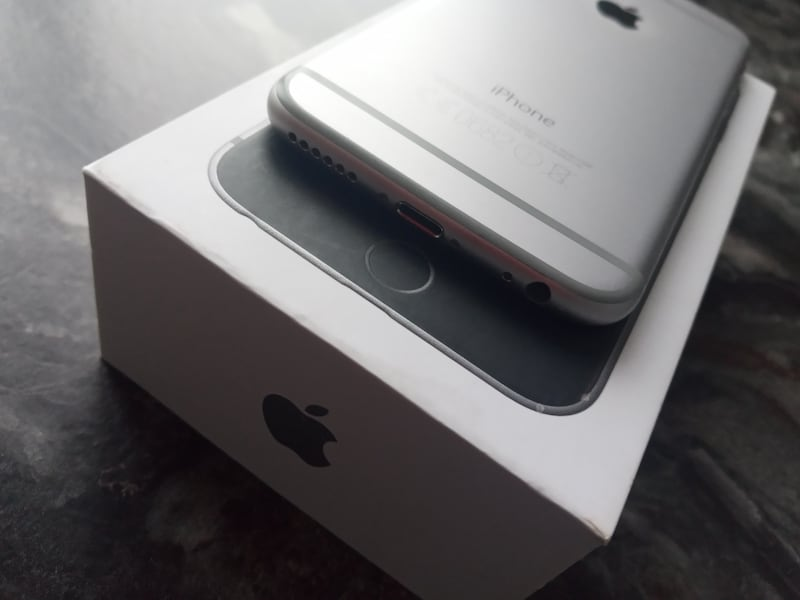 Iphone 6 32 gb  fff96c19-aa32-4d6b-9c9e-080d2c6fdff4