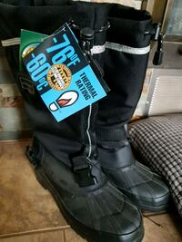 New thermal winter boots size 10