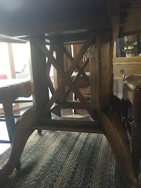 Dining table and chairs - beautiful set BEAUMONT