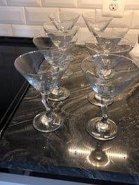 set of 8 glasses with twisted stems for fancy drinks