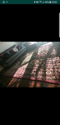 "red floral area rug 7""/11 Montclair, 22025"