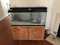 fish tank  + Brown wooden framed Oxon Hill, 20745