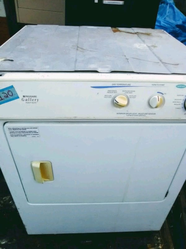 Stackable washer and dryer f3c9e77a-fb9d-4073-89bf-fbda27e40849