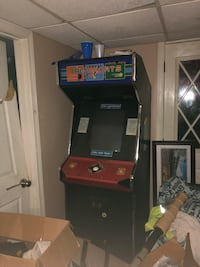 Arcade Machine (Pool, Bowling, Golf) Still works - Must come pick up