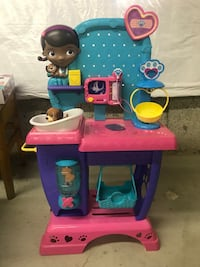 Blue and pink plastic kitchen playset
