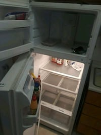 white top-mount refrigerator Citrus Heights, 95621