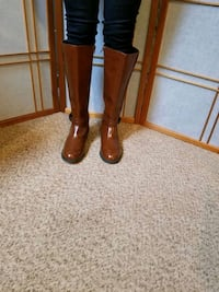 American Eagle knee boot size 10