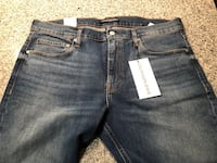 Calvin Klein Jeans (36/30) Slim Fit - Brand New with all tags Norwood, 45209