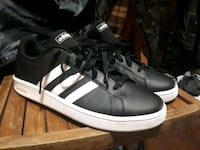 Brand New ADIDAS GRAND COURT BASE Size 10.5 Vancouver, V6A 3G1