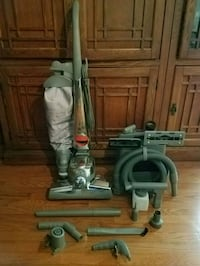 Kirby Vacuum Cleaner with attachments LIKE NEW Burke, 22015