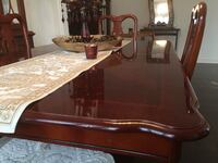Extendable Dining Table with chairs Brampton
