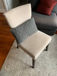 Perfect accent/dining chair for a small condo! Toronto, M5L 0A4