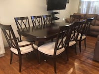 Stunning 9 Piece Dining Room Table and Chairs Bellport, 11713