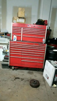 red and gray tool chest Alexandria, 22304